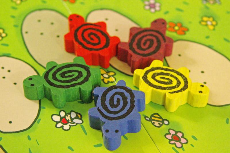 druk na drewnianych pionkach do gier