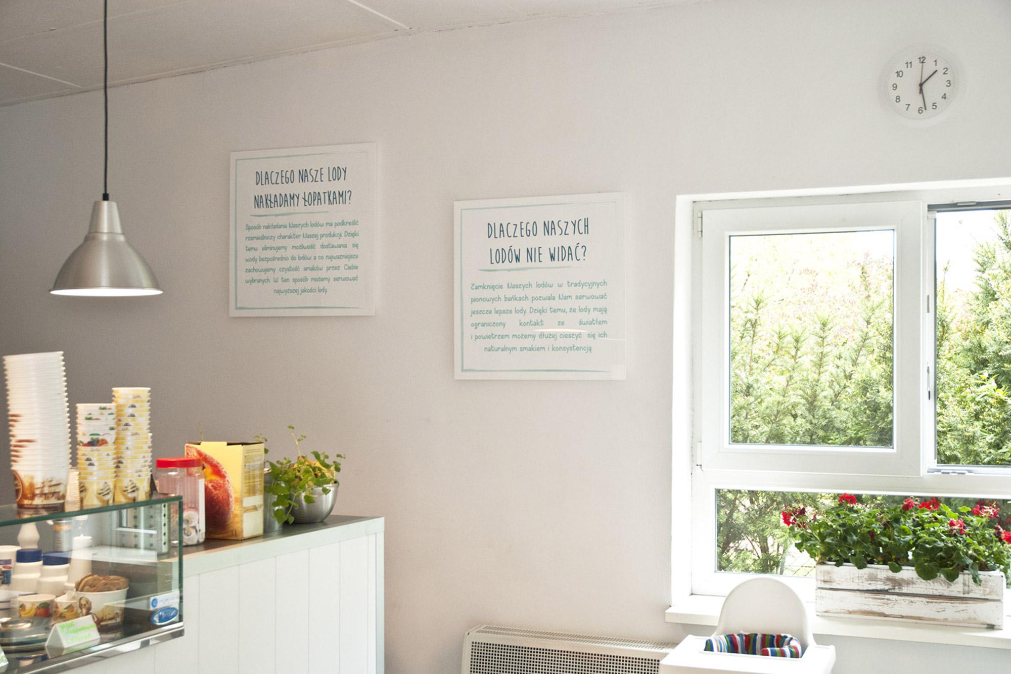 tablice wewnętrzne informacyjne drukowane na tworzywie